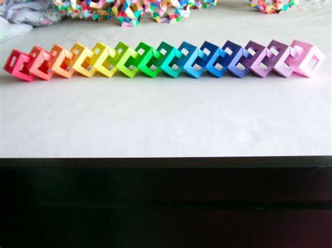 Origami Paper Chain - open cube modular origami