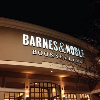 Barnes And Noble Fenton barnes noble booksellers 10 reviews bookstores 721
