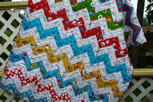 s seams 2 b finished dr seuss zig zag quilt