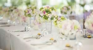 d 233 co mariage les r 232 gles pour un centre de table r 233 ussi