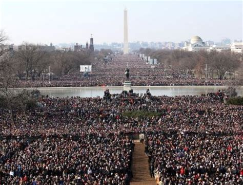 picture of inauguration crowd food trucks to feed hungry inauguration attendees