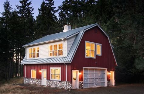 Barn Garage Apartment by 25 Best Ideas About Above Garage Apartment On Pinterest