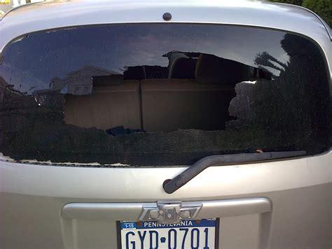 chevrolet hhr rear window blew   complaints