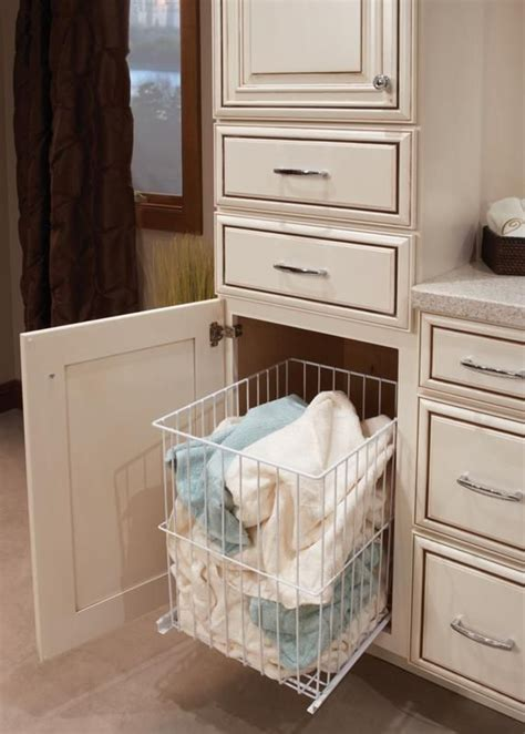built in bathroom laundry her int 233 rieur pinterest