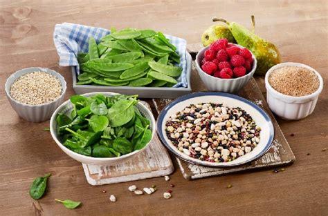 colesterolo e alimentazione colesterolo i sette cibi spazzachili per la dieta d autunno