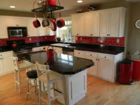 kitchen decorating ideas with red accents best 25 red kitchen accents ideas on pinterest red
