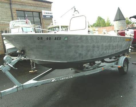 work skiff boats used 1996 aluminum work skiff 19ft center console