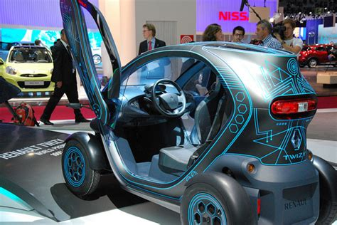 12 Funniest Looking Electric Cars by Looking Electric Car News
