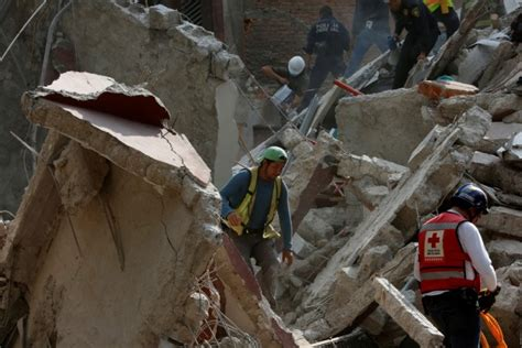 earthquake yesterday in mexico at least 248 killed as massive 7 1 earthquake hits central
