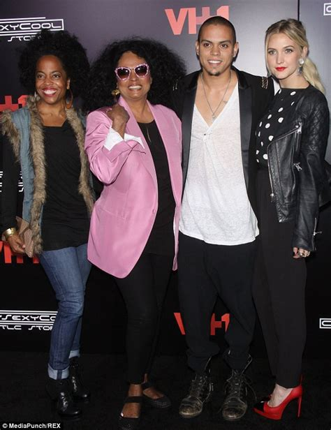 Ashlee Approves Of Big Sis Relationship by Ashlee Can T Contain Happiness As Evan Ross