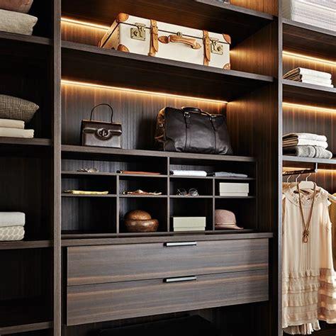 arredamenti giussano molteni mobili giussano recensione dal catalogo di tavoli