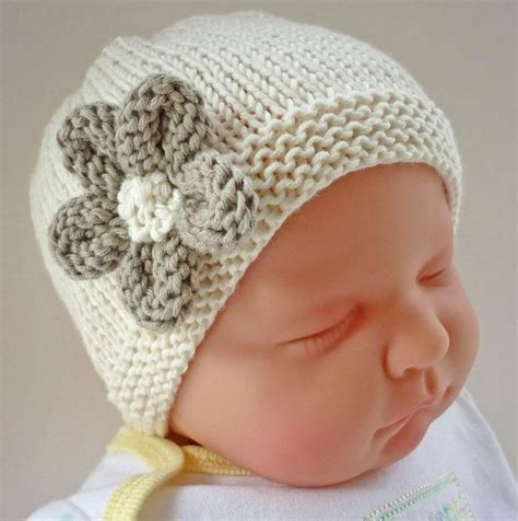 how to knit flower for baby hat 1000 ideas about baby hat knit on knitted