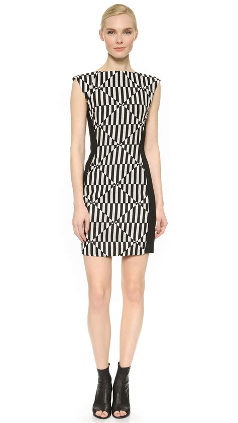 Black White Sleeveless Dress 1 gareth pugh sleeveless dress black white in black lyst