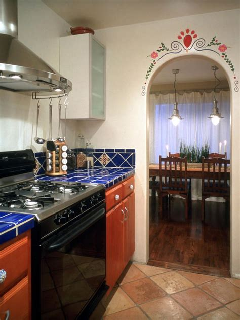 spanish style kitchen design 25 best ideas about mexican style kitchens on pinterest