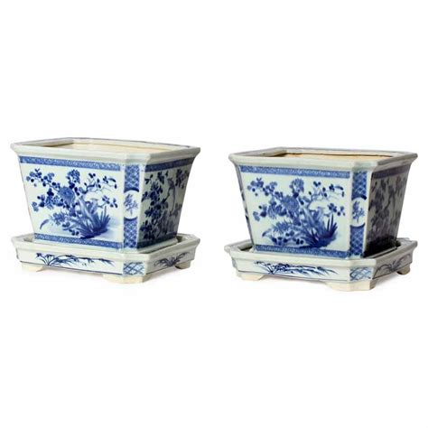 Blue And White Planter Pots by A Pair Of Blue And White Export Flower Pots