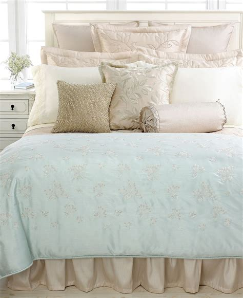 martha stewart bedroom beautiful martha stewart bedroom furniture on martha