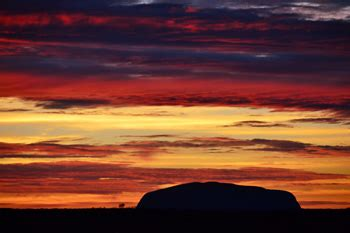 1 day uluru tours from springs 1 day uluru tour from springs emu run experience