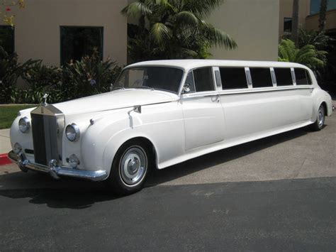 rolls royce classic limo rolls royce classic limos love fast cars pinterest