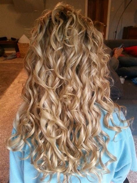 loose spiral perm medium hair 42 best images about loose spiral perm medium hair on