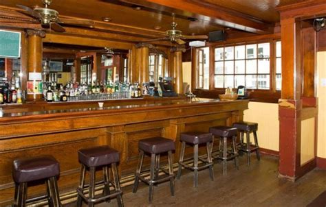 Antique Bar Smiley S Schooner Saloon Is For Sale In Bolinas Ca