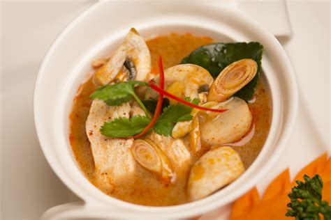 Tom Yam healthy thai food options tomyam