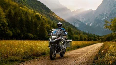 bmw   gs adventure top speed