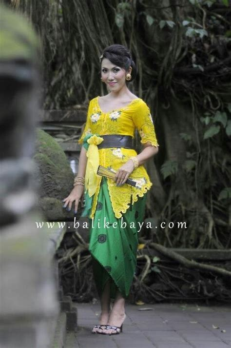 Kebaya Bali 29 42 best images about kebaya with belt or obi on balinese modest wedding dresses