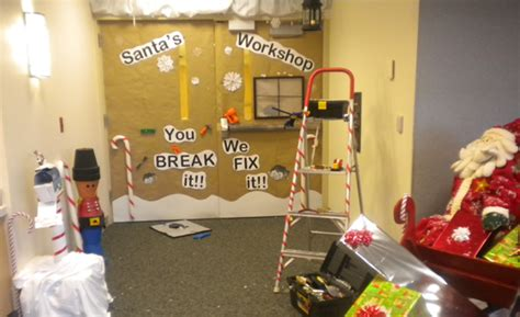 Santa Emergency Room by Hospital Door Decorating Contest