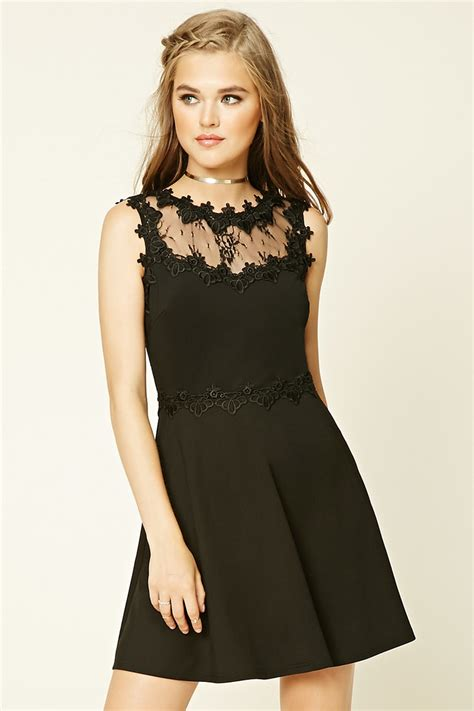 Dress Wanita By Forever21 forever 21 floral lace skater dress in black lyst