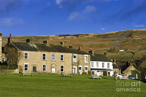 Cottages In Reeth by Terraced Cottages At Reeth In Swaledale Dales