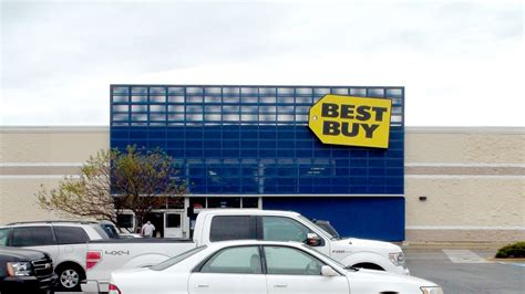 best buy quarterly sales best buy stock jumps on q2 earnings beat as same store