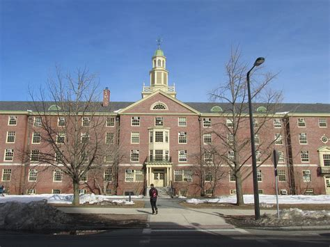 Umass Amherst Mba Tuition by Of Massachusetts Amherst School Of