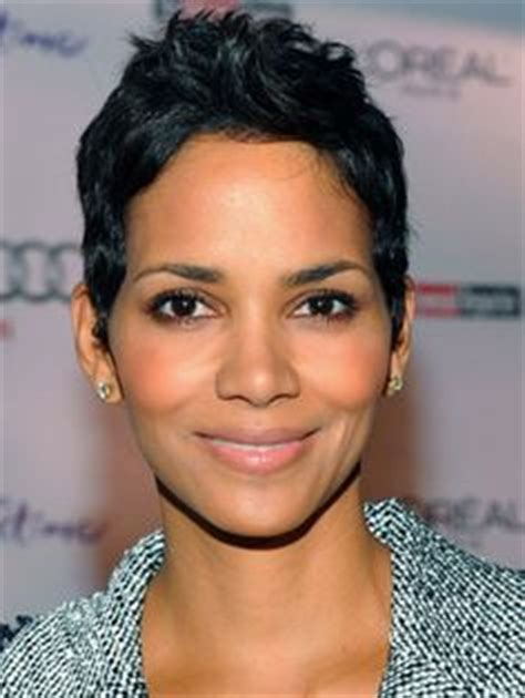 holly berry hairstyles in 1980 halle berry hair pinterest halle berry halle and