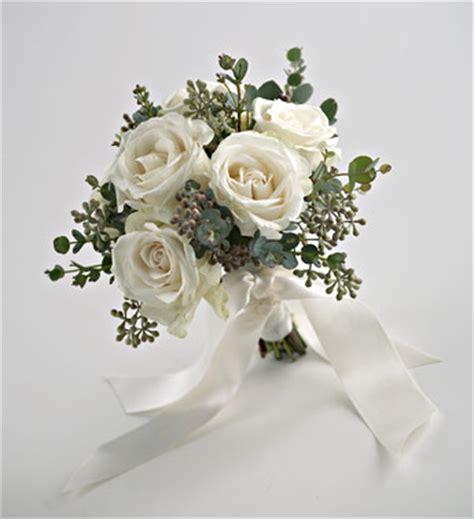 Stelan Next Flower wedding white bouquet