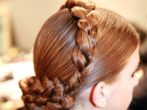 how to a german hair the german gretchan hair style braid lovely locks