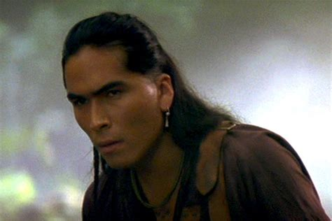 The Last American Cast Painfully Handsome Inuit Actor Eric Schweig From The Quot Last Of The Mohicans