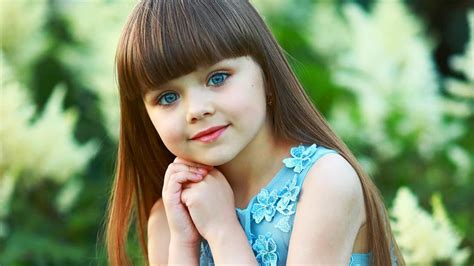 Russian child model, 6, hailed 'the most beautiful girl in ... Most Beautiful Russian Women In The World