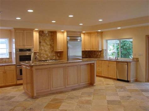 Maple Colored Kitchen Cabinets | kitchen color schemes with maple cabinets maple kitchen