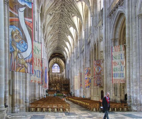 winchester cathedral church  england thousand wonders