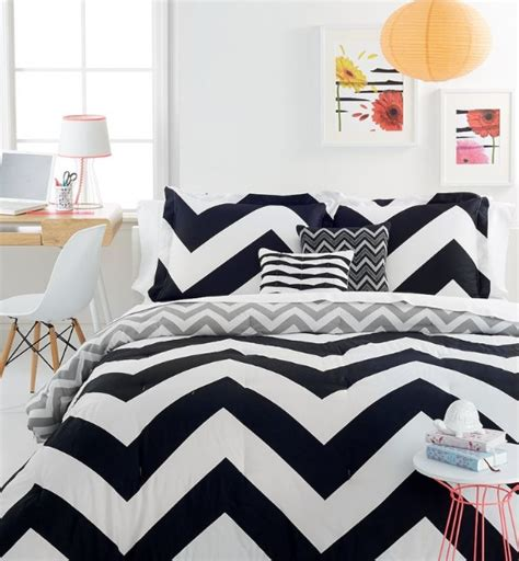 quilts for master bedroom quilts for master bedroom with black and white zigzag