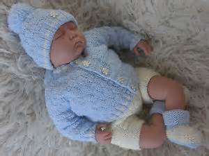 knitting pattern to knit baby boys cardigan hat bootees