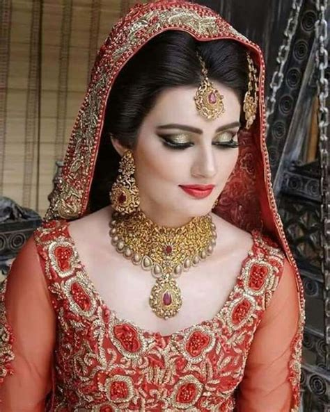 Latest Pakistani Bridal Makeup 2018 Perfect Look & Trend