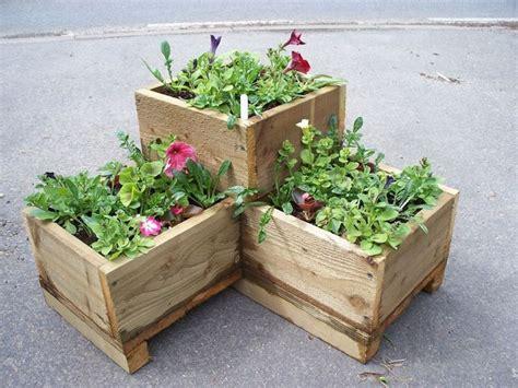 vasi da giardino in legno fioriere legno vasi fioriere in legno