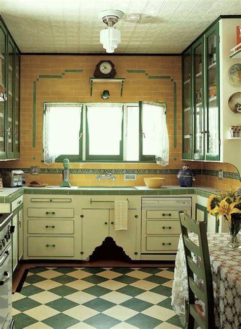 deco kitchens 25 best ideas about 1930s kitchen on 1930s