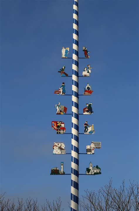 A Maibaum Of Your Own by File Maibaum Ottobrunn 2 Jpg Wikimedia Commons