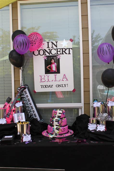 karaoke themed birthday party girls karaoke birthday cake cakecentral com