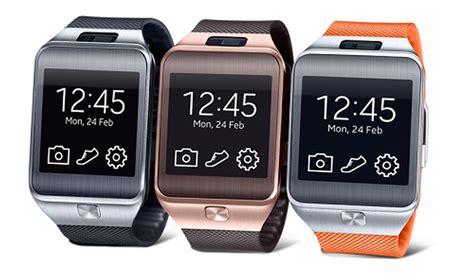 Smartwatch Samsung Gear 2 Samsung Gear 2 Review Tizen Smartwatch Review Pc Advisor