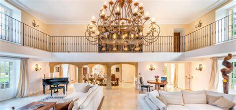 7 dreamy interior design instagram accounts the lala domaine interiors brokeasshome com