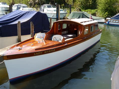 barkas boten lady myrtle andrews day launch henley sales charter