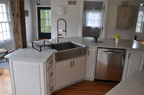 White Quartz Countertop Installed In Frankfort Ny Quartz Top White Kitchen Cabinets With White Countertops